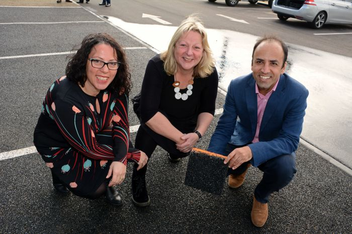 Lina Goodman, Tyre Stewardship Australia CEO, Mayor of the City of Mitcham Dr Heather Holmes-Ross, Mahdi Disfani  Senior Lecturer in Geotechnical Engineering at the University of Melbourne